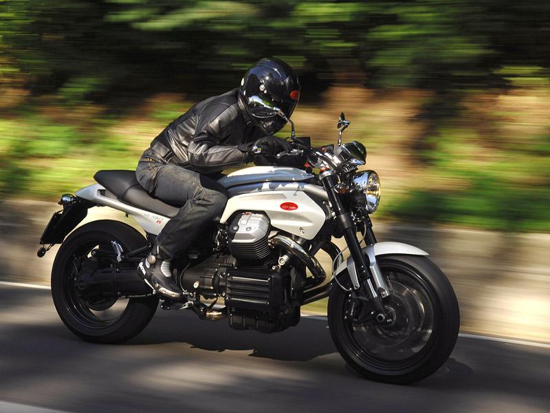 Moto Guzzi Griso 1200 8v: drsný italský naháč: - fotka 8