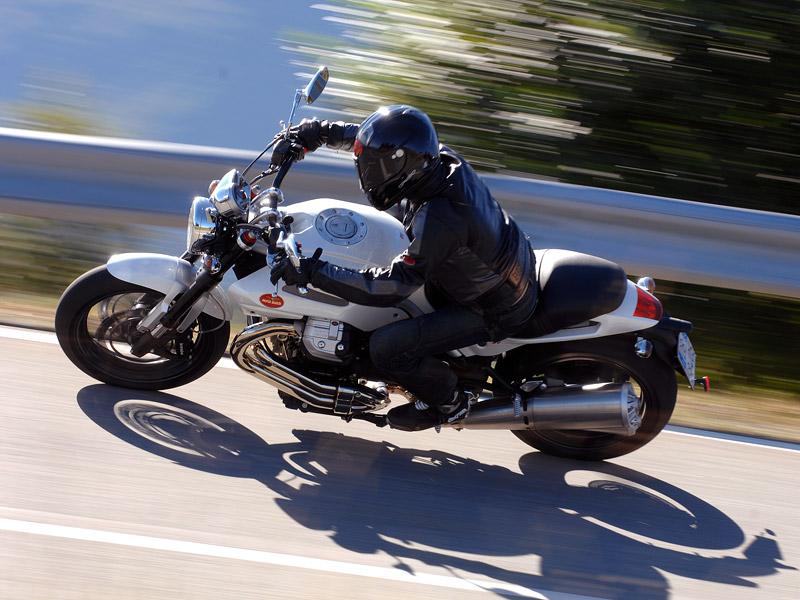 Moto Guzzi Griso 1200 8v: drsný italský naháč: - fotka 9
