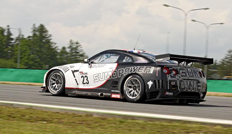 FIA GT1 v Brně: výsledky, velká galerie a povídání s Hansem Reiterem: - fotka 31