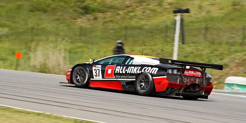 FIA GT1 v Brně: výsledky, velká galerie a povídání s Hansem Reiterem: - fotka 63