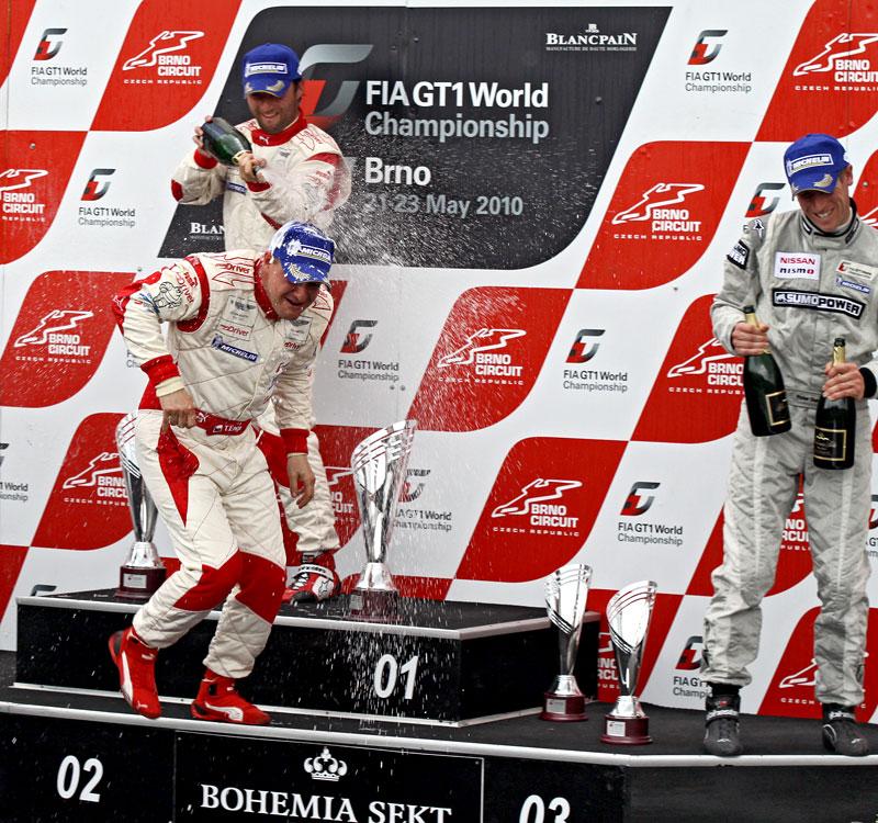 FIA GT1 v Brně: výsledky, velká galerie a povídání s Hansem Reiterem: - fotka 120