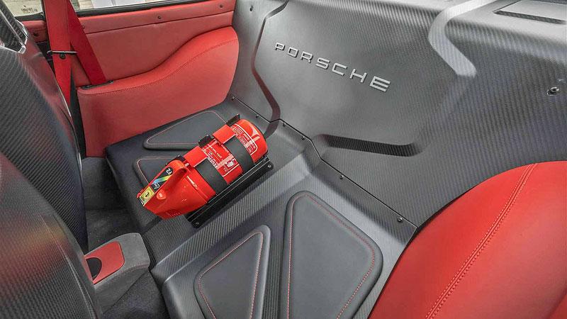 Další auto, o kterém můžete snít. Gunther Werks nabízí karbonovou 911: - fotka 3