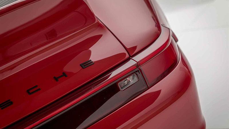 Další auto, o kterém můžete snít. Gunther Werks nabízí karbonovou 911: - fotka 8