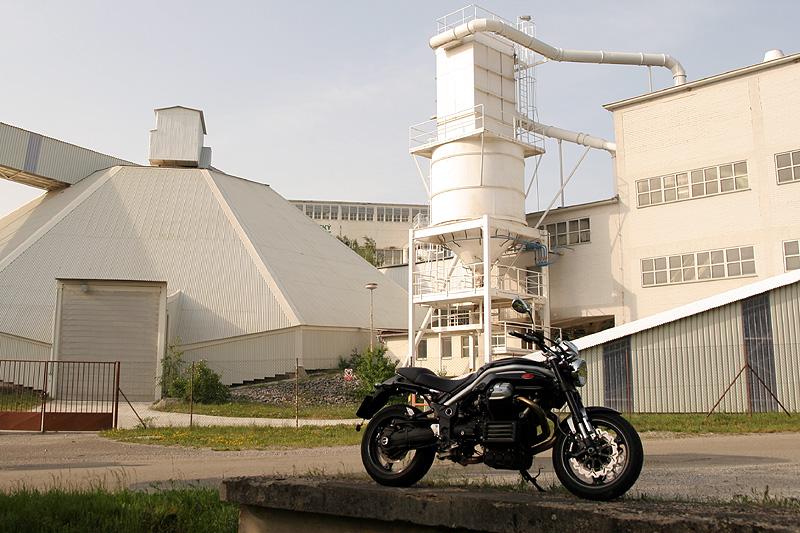 Megatest: Tuono 1000R vs. Monster S4Rs vs. 990 Superduke vs. Griso 1200 8V: - fotka 37
