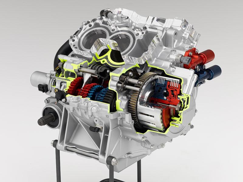 Motorky Honda s novou dvouspojkovou převodovkou: - fotka 1