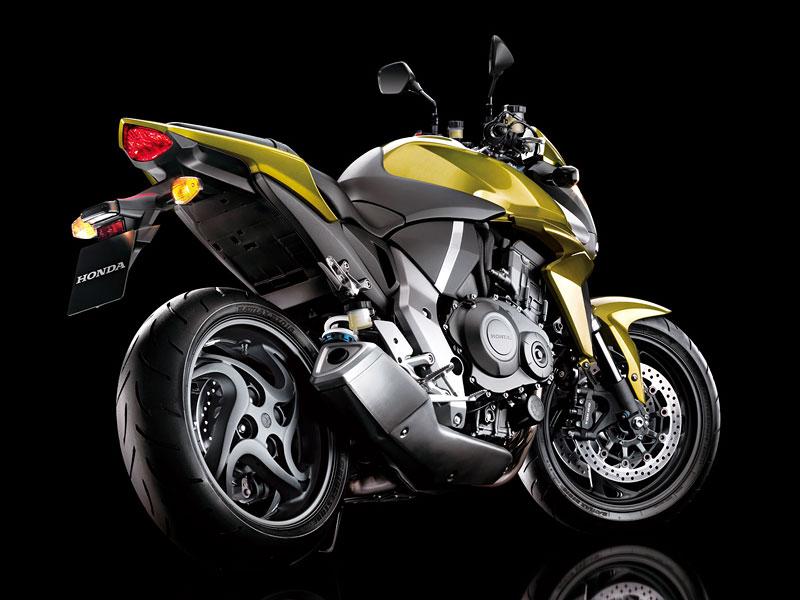 Honda CB1000R: boj o krále streetfighterů začíná: - fotka 13