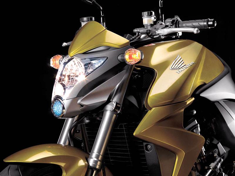 Honda CB1000R: boj o krále streetfighterů začíná: - fotka 16