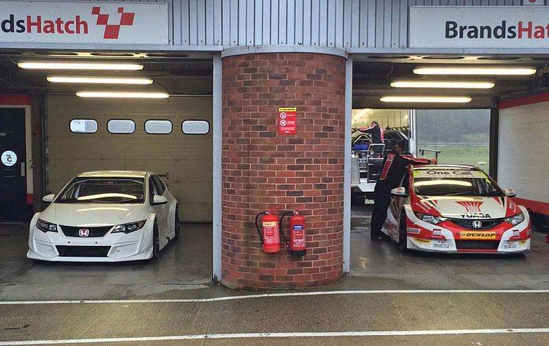 Honda připravuje Civic Type R pro britský šampionát cesťáků BTCC: - fotka 6