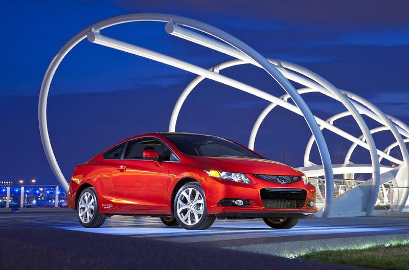 Honda Civic Si Coupe: ostrý civic pro Ameriku: - fotka 10