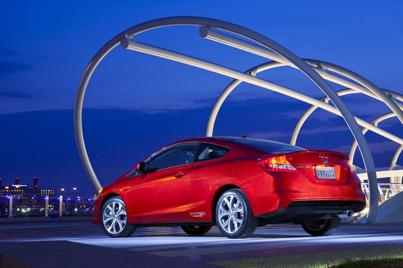 Honda Civic Si Coupe: ostrý civic pro Ameriku: - fotka 21