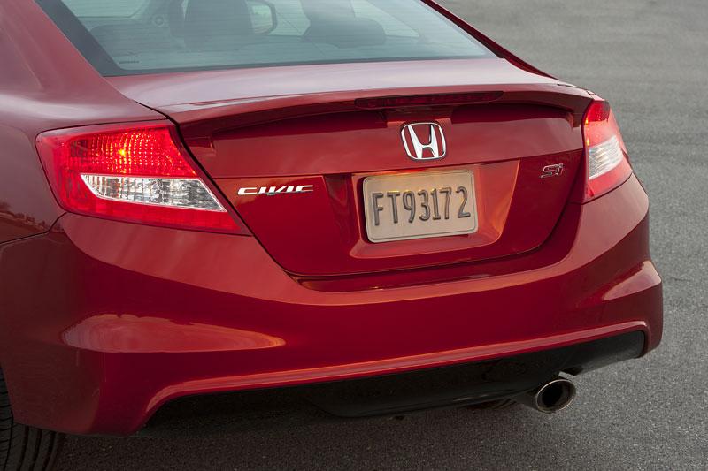 Honda Civic Si Coupe: ostrý civic pro Ameriku: - fotka 32