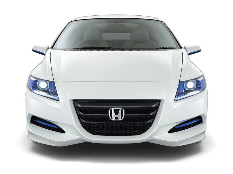 Tokio 2009: Honda CR-Z - manuální šestikvalt a motor 1.5: - fotka 5