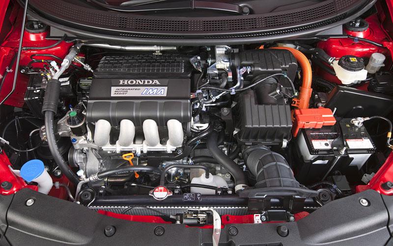 Ženeva 2010 živě: Honda CR-Z: Návrat legendy: - fotka 47