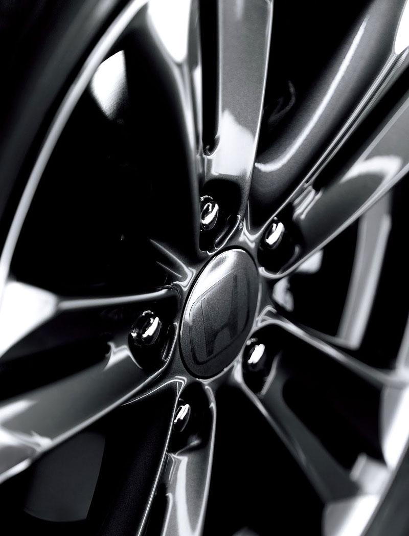 Honda CR-Z JCOTY Memorial Edition: decentní oslava vítězství: - fotka 7