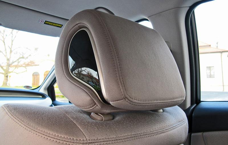 Za volantem: Honda FCX Clarity: - fotka 4