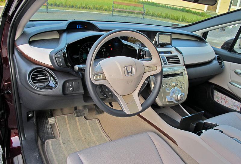 Za volantem: Honda FCX Clarity: - fotka 6