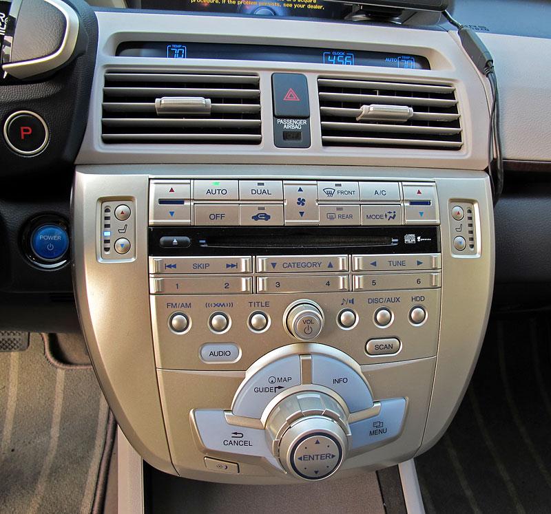 Za volantem: Honda FCX Clarity: - fotka 8