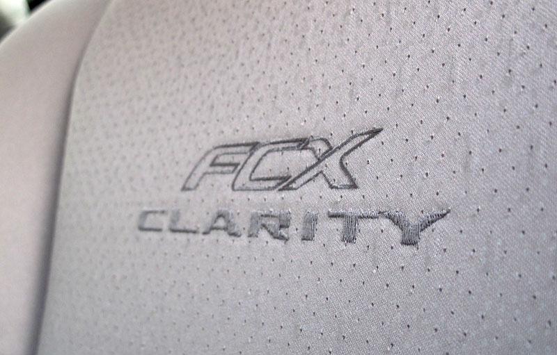 Za volantem: Honda FCX Clarity: - fotka 11