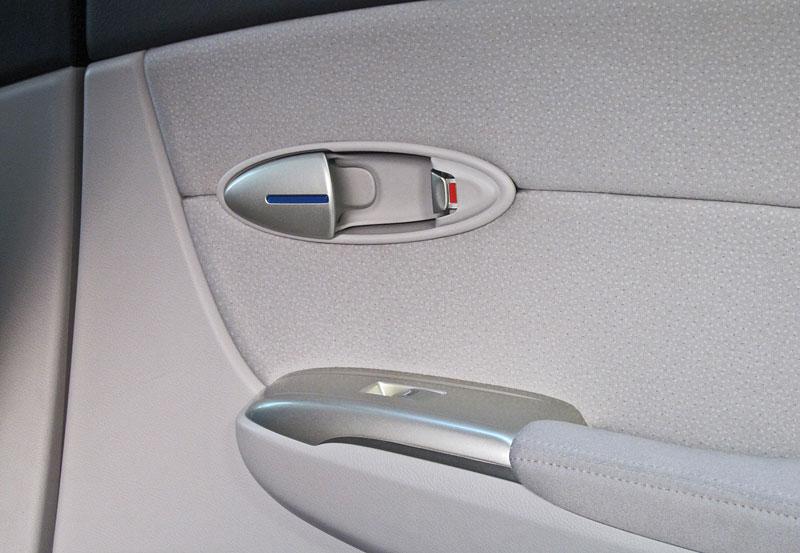 Za volantem: Honda FCX Clarity: - fotka 12
