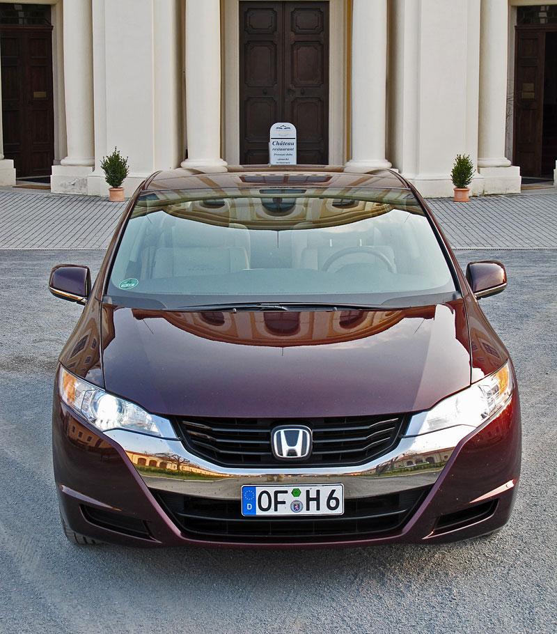 Za volantem: Honda FCX Clarity: - fotka 13