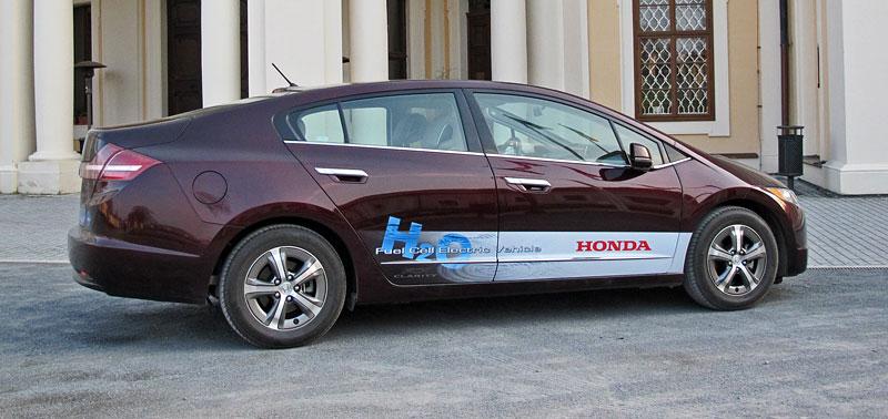 Za volantem: Honda FCX Clarity: - fotka 22
