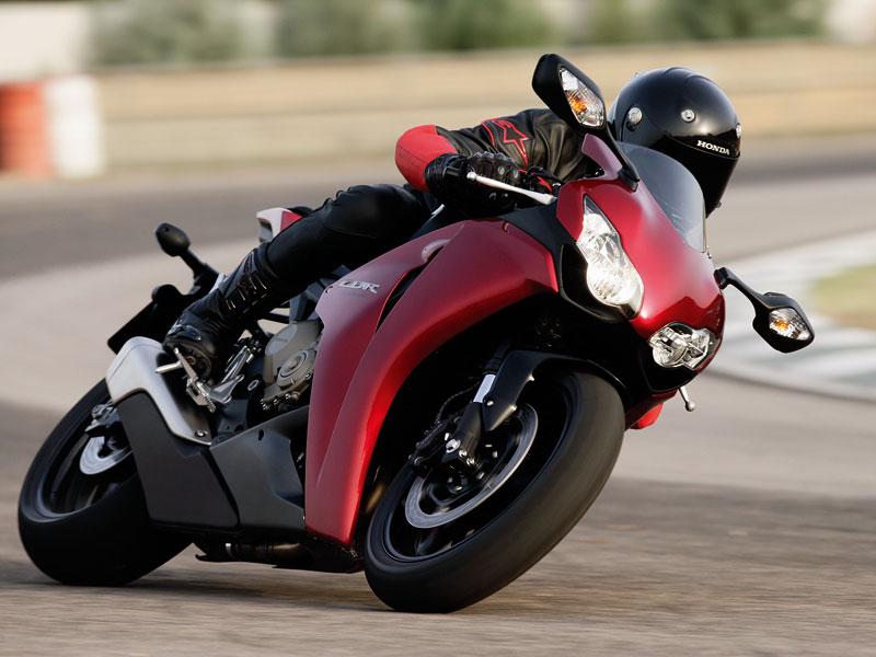 Servisní kampaň motocyklů Honda 2008: - fotka 6