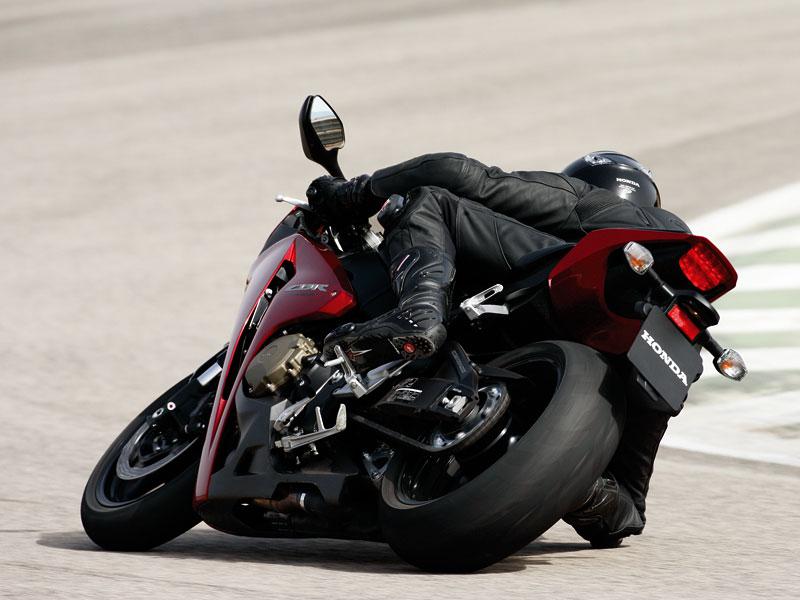 Servisní kampaň motocyklů Honda 2008: - fotka 11