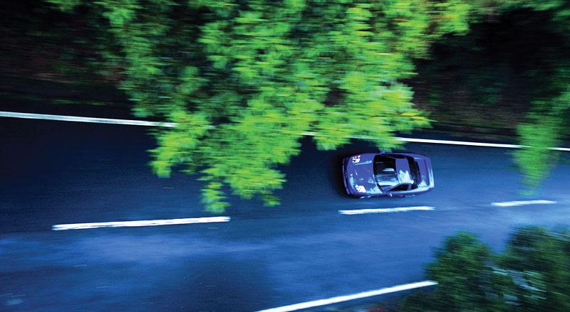 Pod Lupou: Honda NSX – supersport ze země vycházejícího slunce: - fotka 30