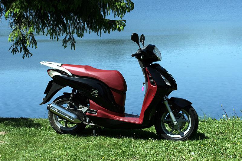 Test: Honda PS125i - moderna nebo retro?: - fotka 12