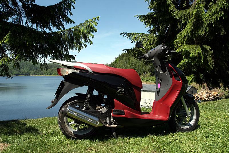 Test: Honda PS125i - moderna nebo retro?: - fotka 15