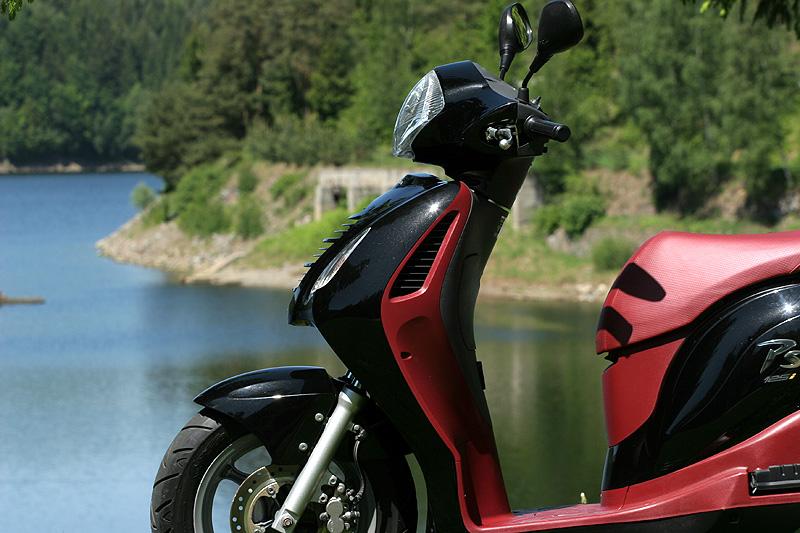 Test: Honda PS125i - moderna nebo retro?: - fotka 19