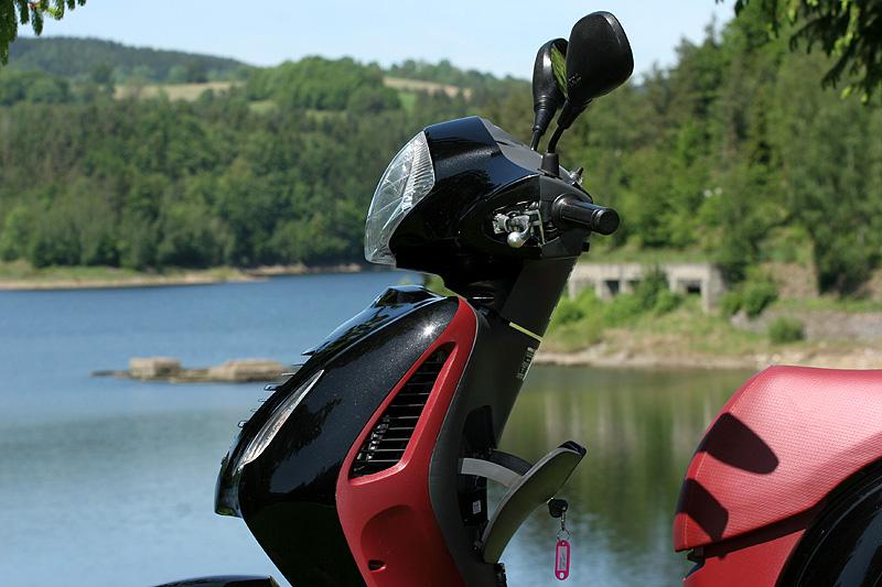Test: Honda PS125i - moderna nebo retro?: - fotka 23