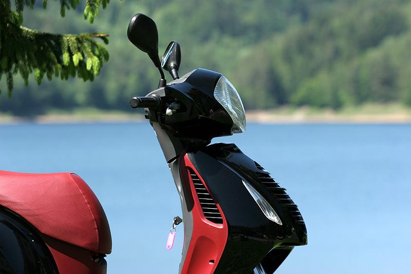 Test: Honda PS125i - moderna nebo retro?: - fotka 25