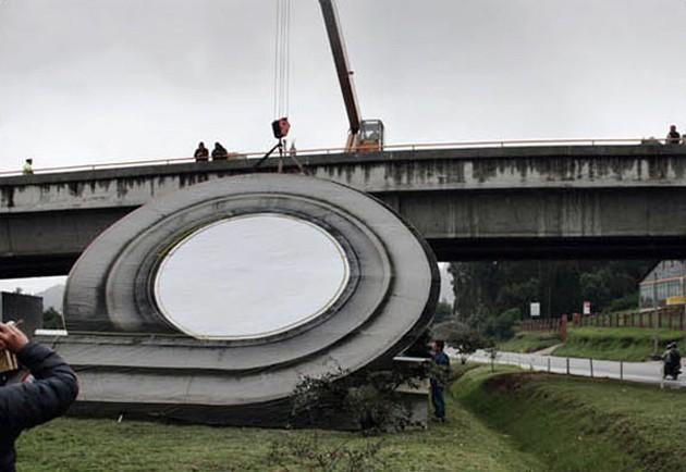 Hot Wheels dráha v životní velikosti: povedená reklama: - fotka 3