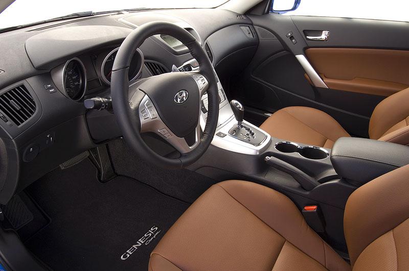 Hyundai Genesis Coupe není rychlý a zběsilý: - fotka 10