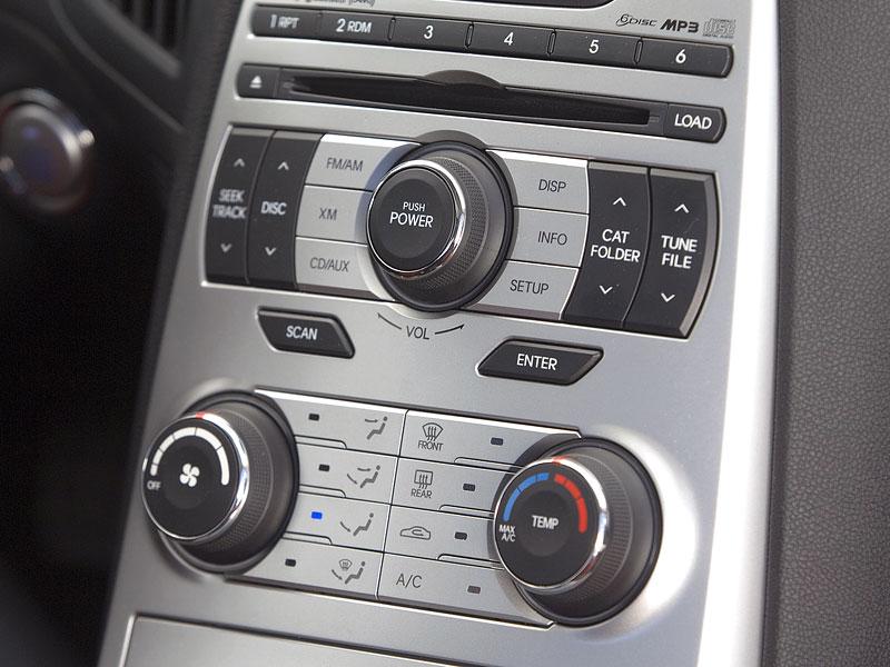 Hyundai Genesis Coupe není rychlý a zběsilý: - fotka 12