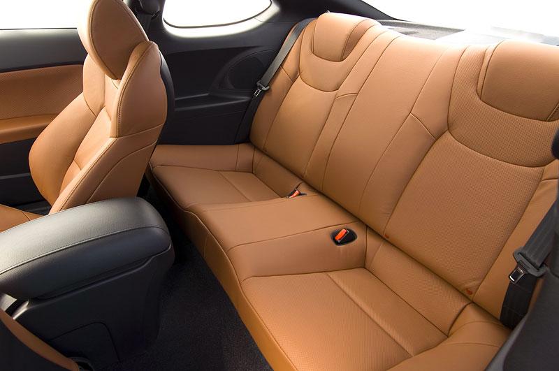 Hyundai Genesis Coupe není rychlý a zběsilý: - fotka 15
