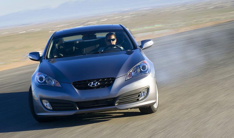 Hyundai Genesis Coupe není rychlý a zběsilý: - fotka 16