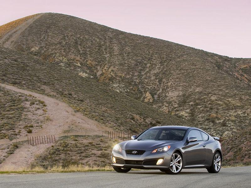 Hyundai Genesis Coupe není rychlý a zběsilý: - fotka 21