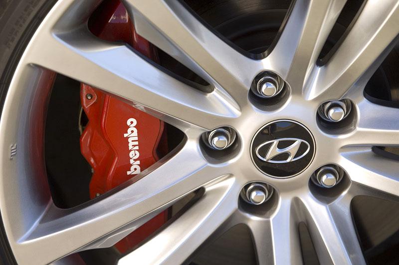 Hyundai Genesis Coupe není rychlý a zběsilý: - fotka 31