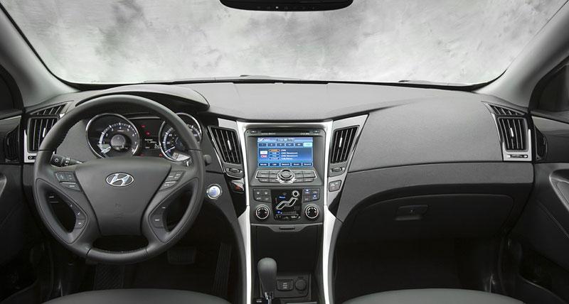 Hyundai Sonata: čtyřdveřové korejské kupé: - fotka 3