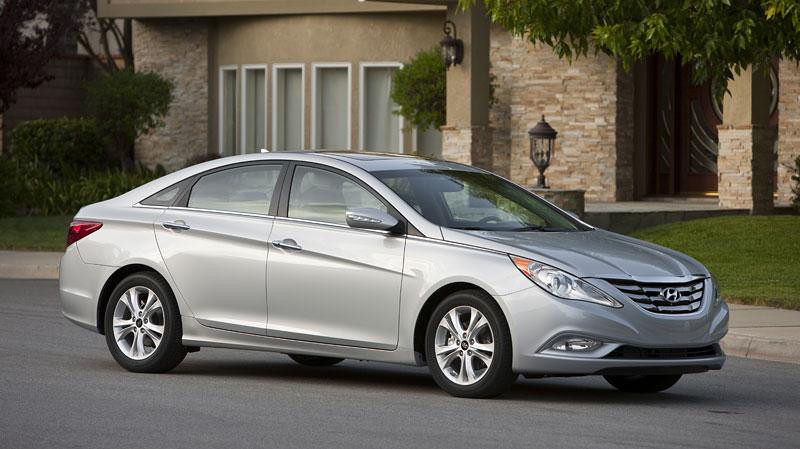 Hyundai Sonata: čtyřdveřové korejské kupé: - fotka 13