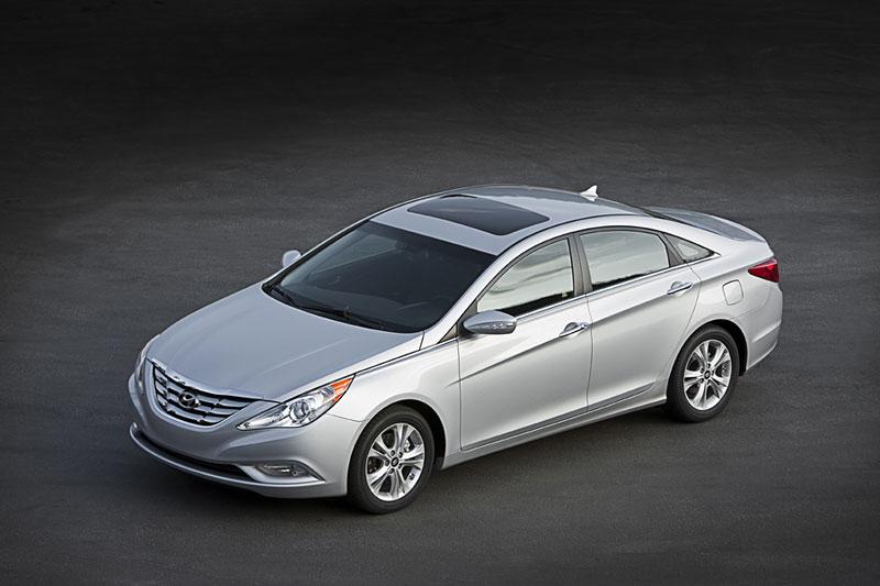 Hyundai Sonata: čtyřdveřové korejské kupé: - fotka 18
