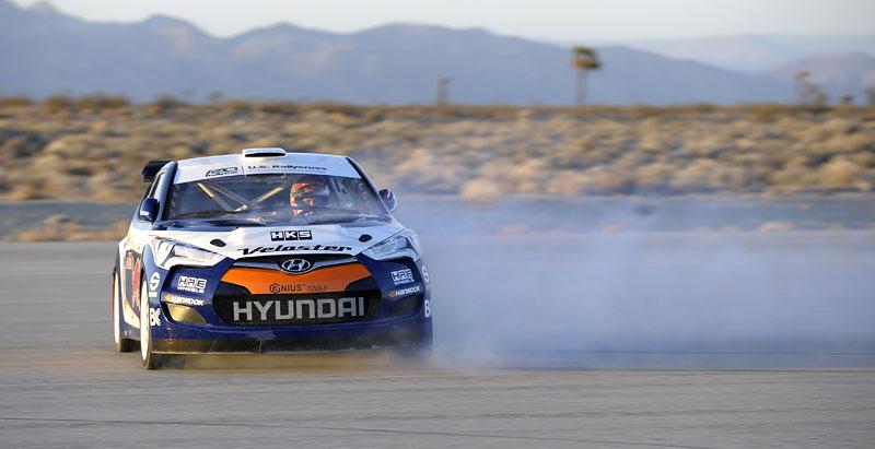 Chicago 2011: Hyundai Veloster - 500koňový rallyeový speciál: - fotka 7