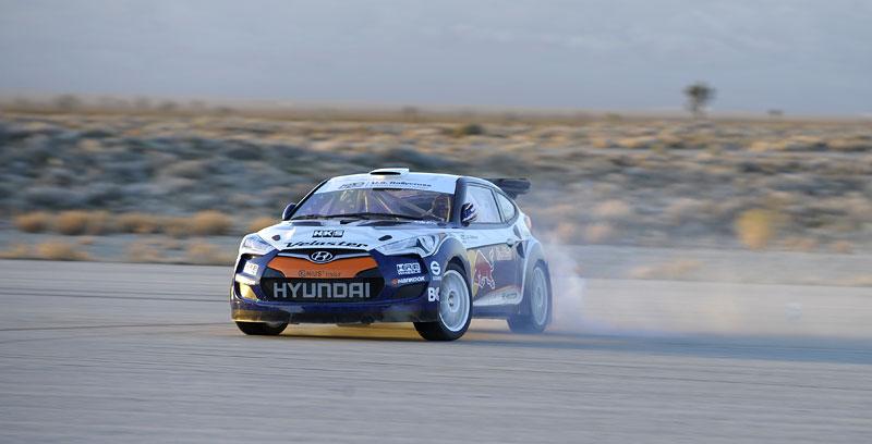 Chicago 2011: Hyundai Veloster - 500koňový rallyeový speciál: - fotka 8