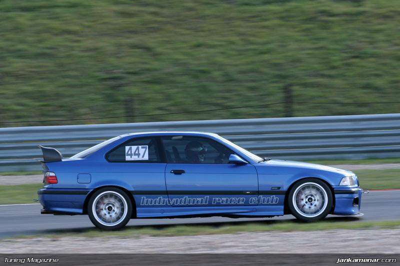 Sraz klubu sportovních aut v Mostě - fotogalerie: - fotka 56
