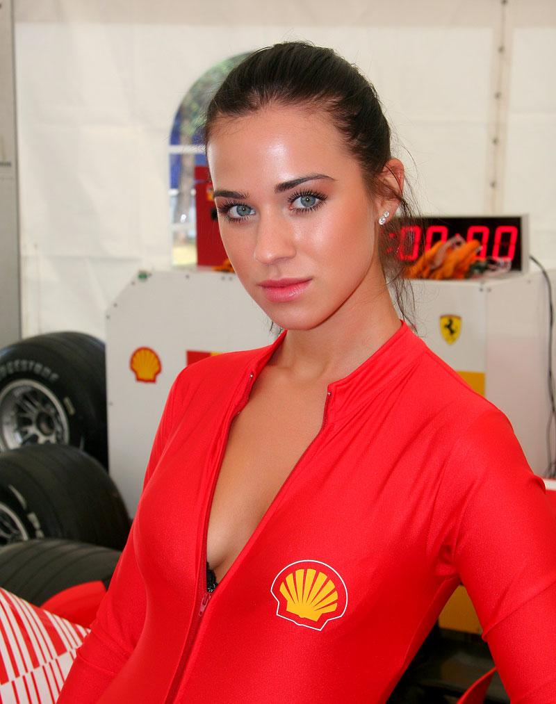 Ferrari Racing Days Brno 2009 - BABES: - fotka 18