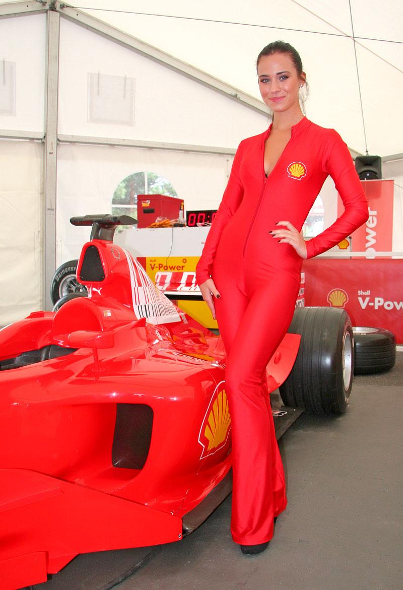 Ferrari Racing Days Brno 2009 - BABES: - fotka 19