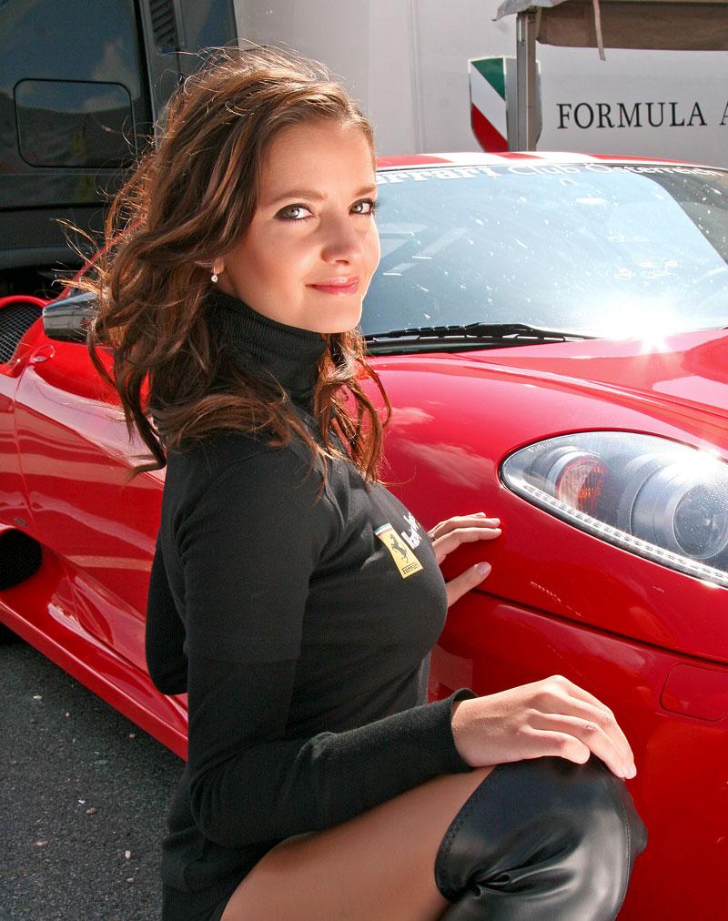 Ferrari Racing Days Brno 2009 - BABES: - fotka 20