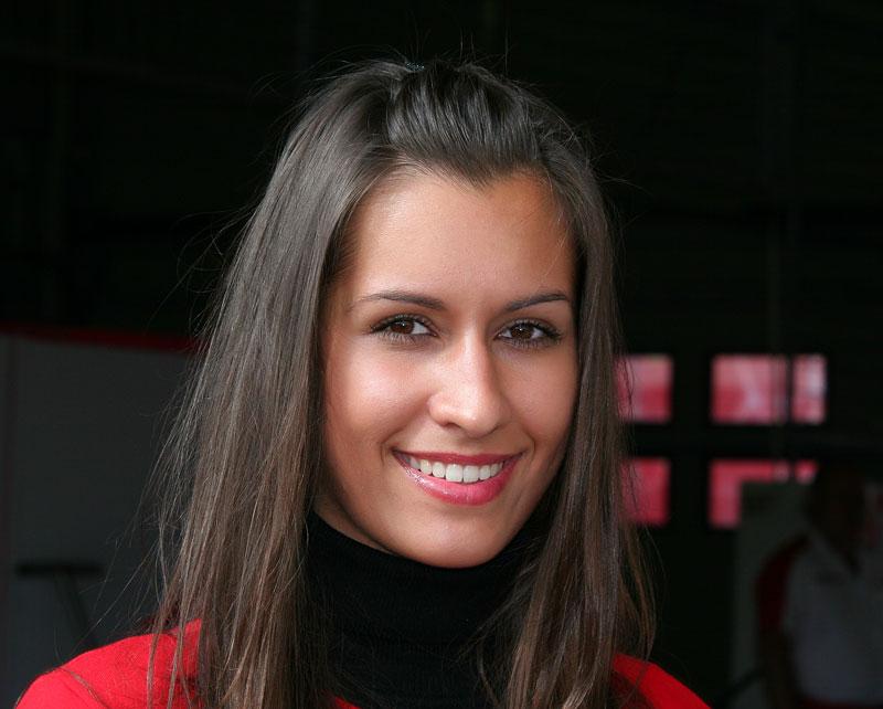 Ferrari Racing Days Brno 2009 - BABES: - fotka 32